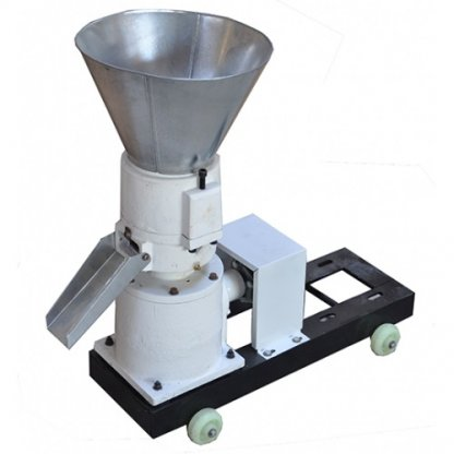 Granulator electric pentru furaje KL-150 capacitate 150 kg/h. Motor 4 KW (380V)